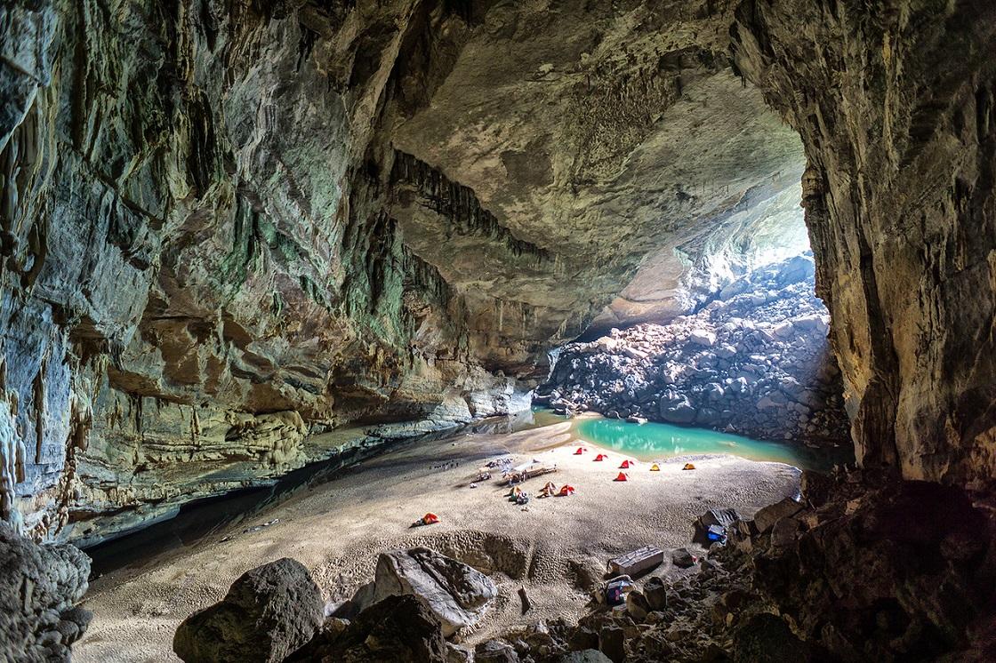 Hang En Cave Phong Nha
