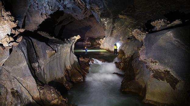 khe-ry-cave